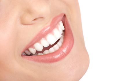 Common Struggles of People with Gapped Teeth in Elk Grove, CA